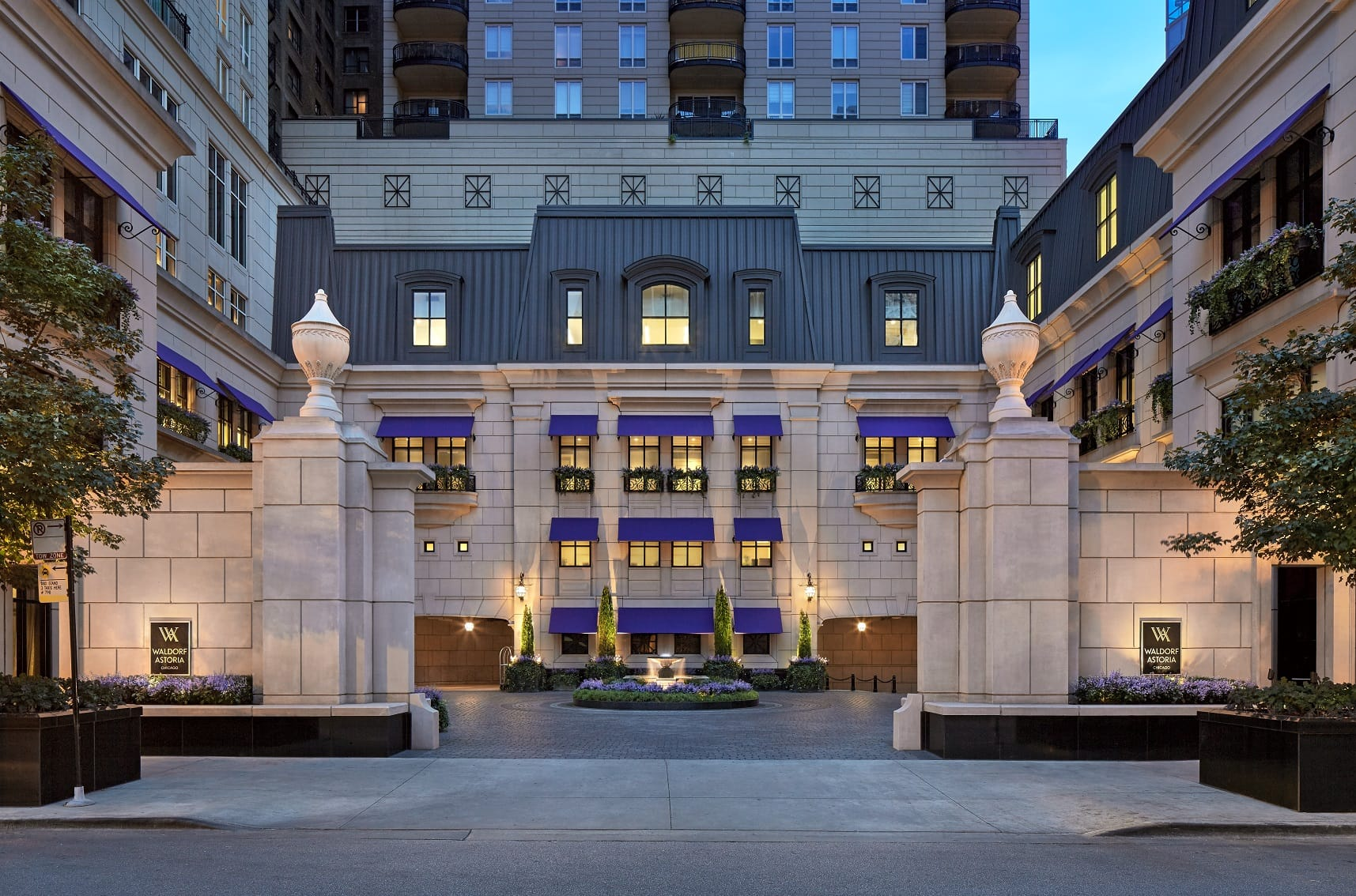 Luxury downtown chicago hotel waldorf astoria chicago for Hotel chicago hotel