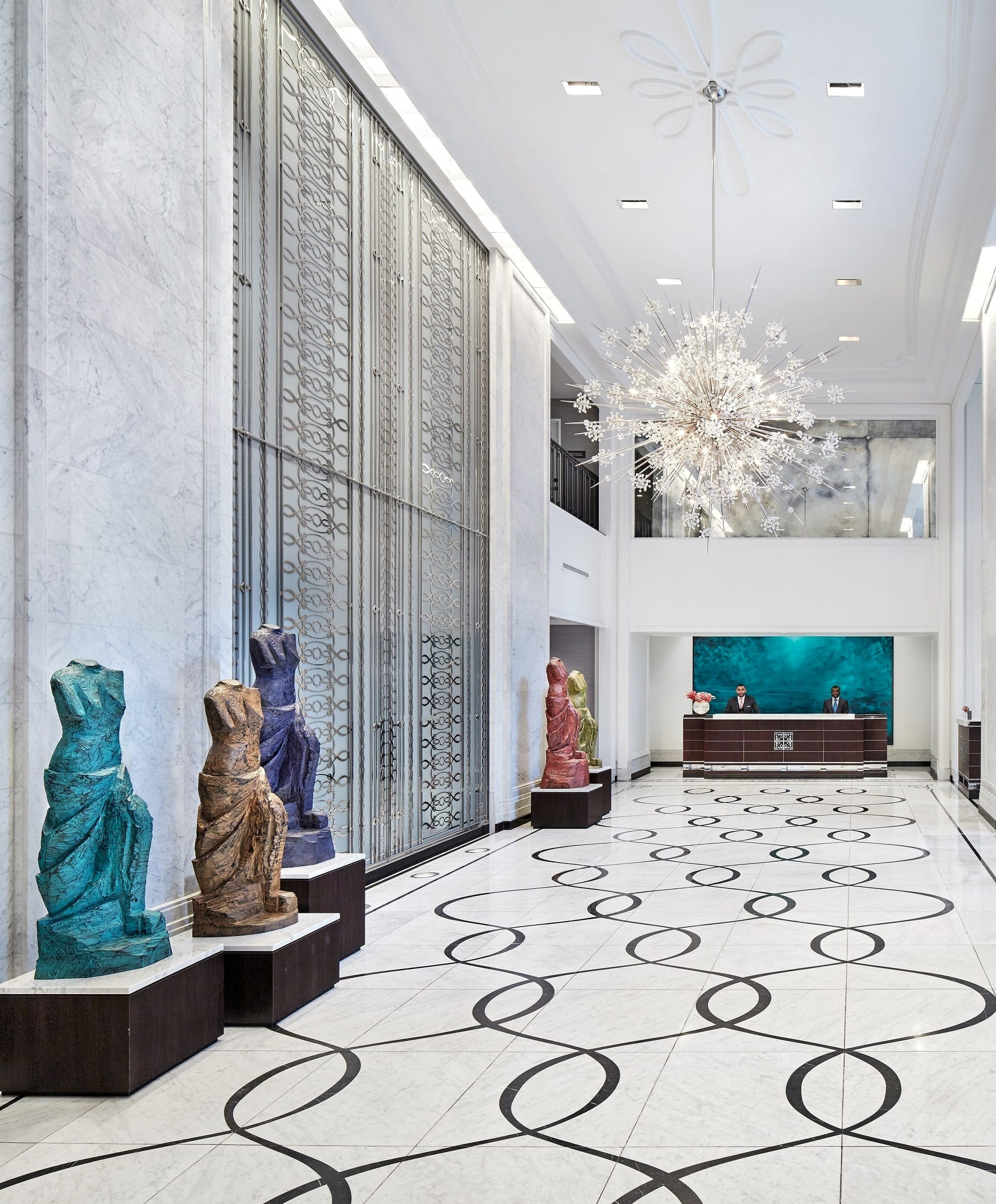 Luxury Downtown Chicago Hotel